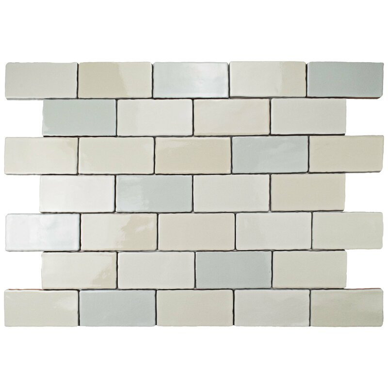 Cream beveled subway tile