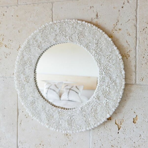 Seashell wall mirror