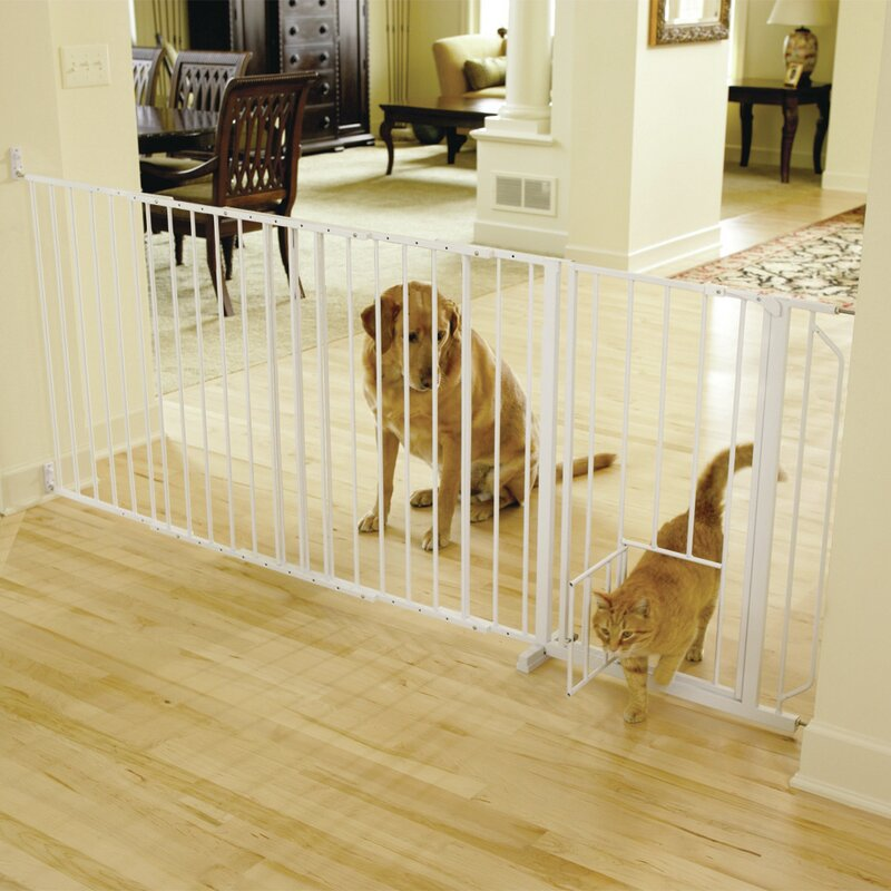 Guillermo Maxi Wall Mounted Pet Gate With Pet Door