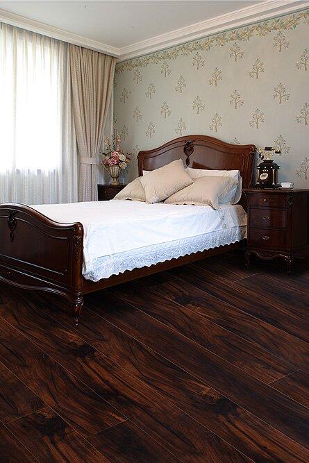AllAmericanHardwood Exotic 5 5.25 x 64 x 12mm Acacia Laminate Flooring  Finish: Dusky