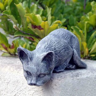 Cat Statue. By Ladybug Garden Decor