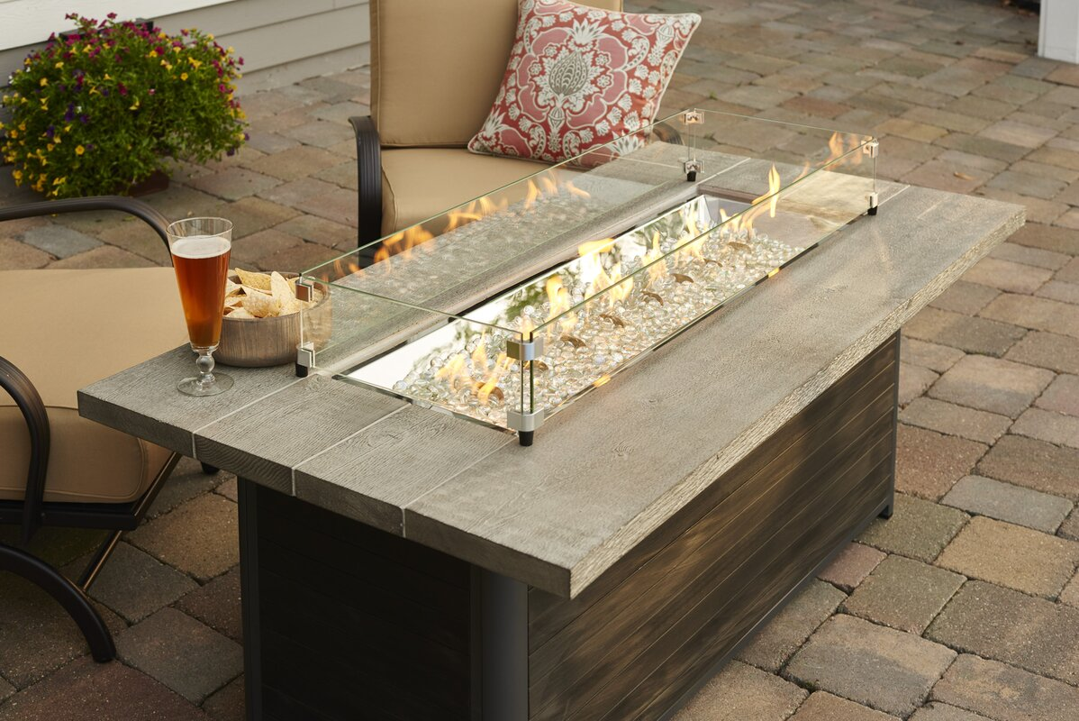 The Outdoor GreatRoom pany Cedar Ridge Gas Fire Pit