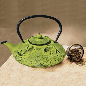 0.78 Qt Cast Iron u014cgon Koi Teapot and Infuser in Moss Green