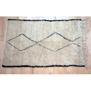 Best Reviews One-Of-A-Kind Moroccan Beni Ouarain Hand-Woven 4'8 x 7'3 Wool Off White Area Rug By Isabelline