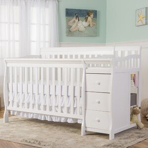 Brody 4 In 1 Brody Convertible Crib
