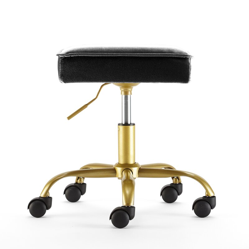 Haveman Petal Height Adjustable Stool