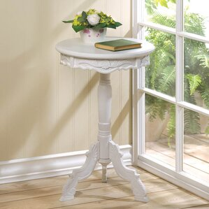 Zingz & Thingz Rococo End Table