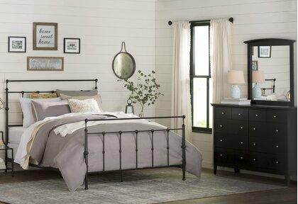 Cottage/Country Adult Bedroom Design