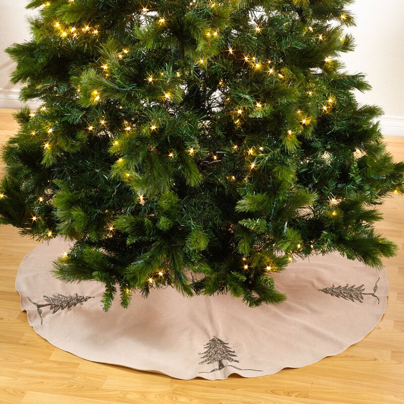 The Holiday Aisle Sapin De Noel Round Beaded Christmas Tree Skirt