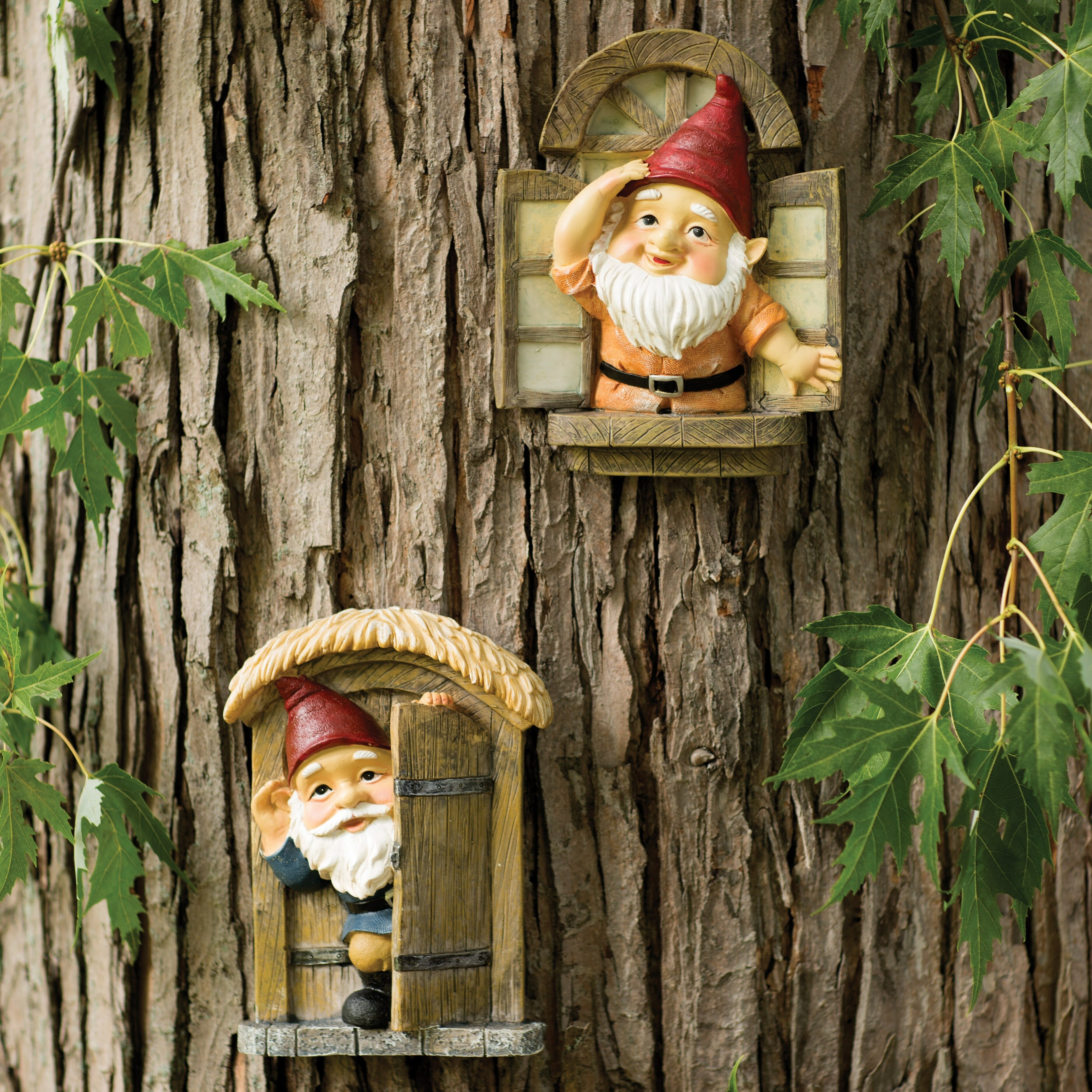 Design Toscano Knothole Gnomes 2 Piece Garden Welcome Tree Statue ...