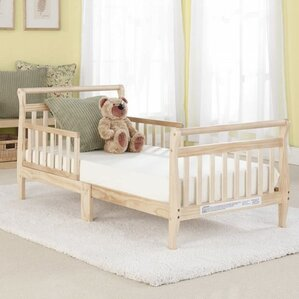 Big Oshi Convertible Toddler Bed by Baby Time International, Inc.