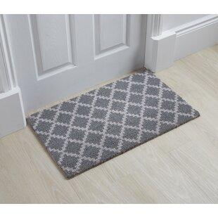 Lilyana Trellis Doormat