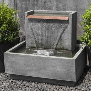Exceptionnel Concrete Falling Water Fountain