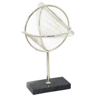 Contemporary Metal Table Top Décor Sculpture