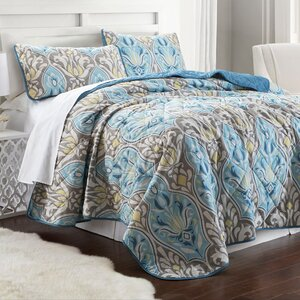Pugh Printed Reversible Coverlet Set