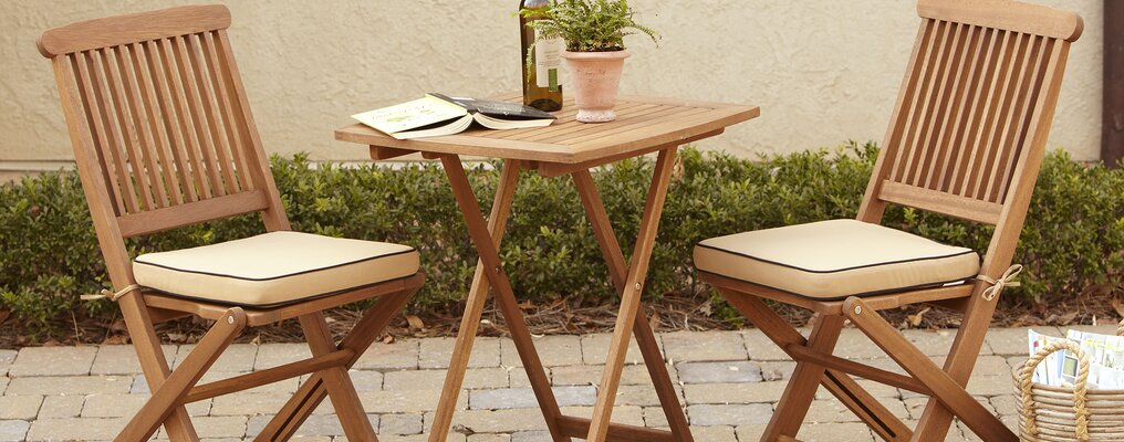 Small E Outdoor Furniture