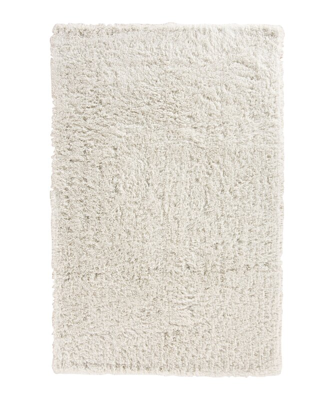 Shag area rugs safavieh fiesta shag collection fsg383m floral area rug 8u0027 x 10u0027 - Cozy white shag rug for the comfortable steps sensation ...