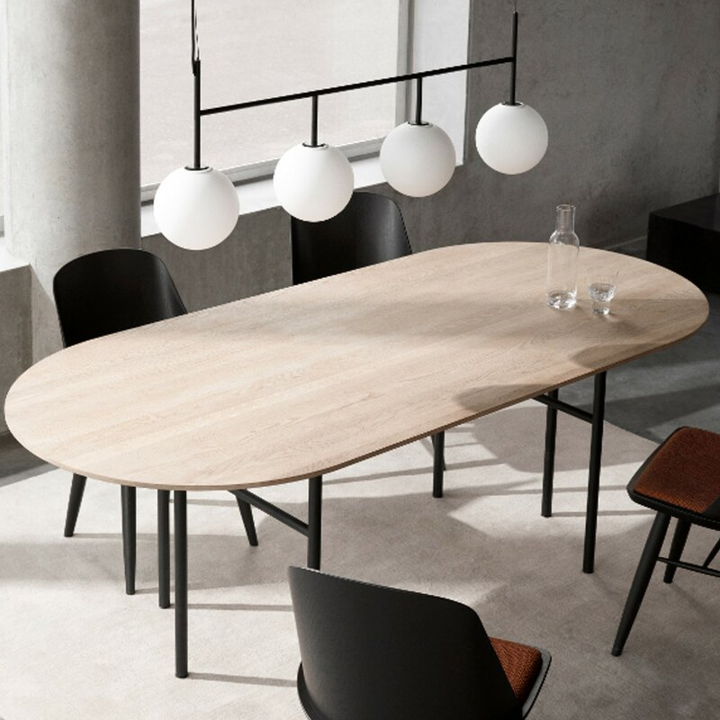 Menu Snaregade Dining Table