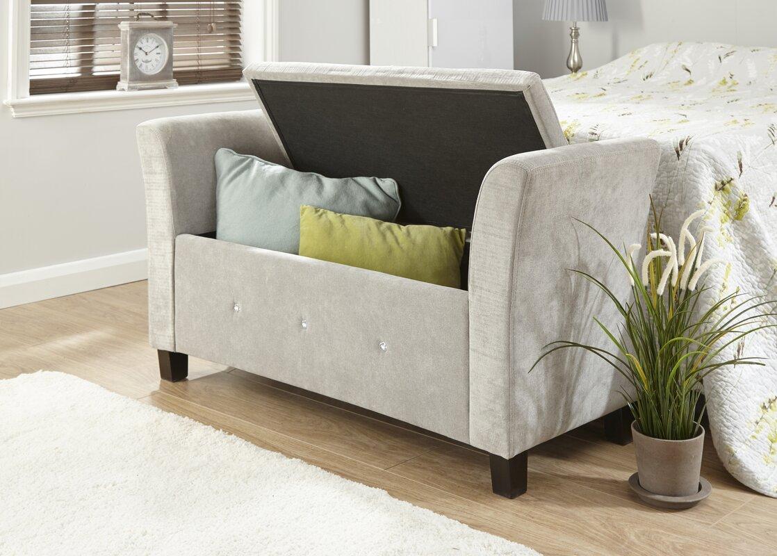 Bedroom Bench  Design Builders