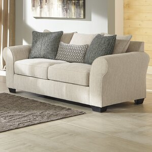 Silsbee Sofa by Benchcraft