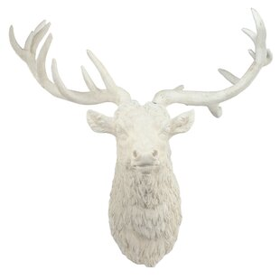 Magnesian Deer Head Wall Decor