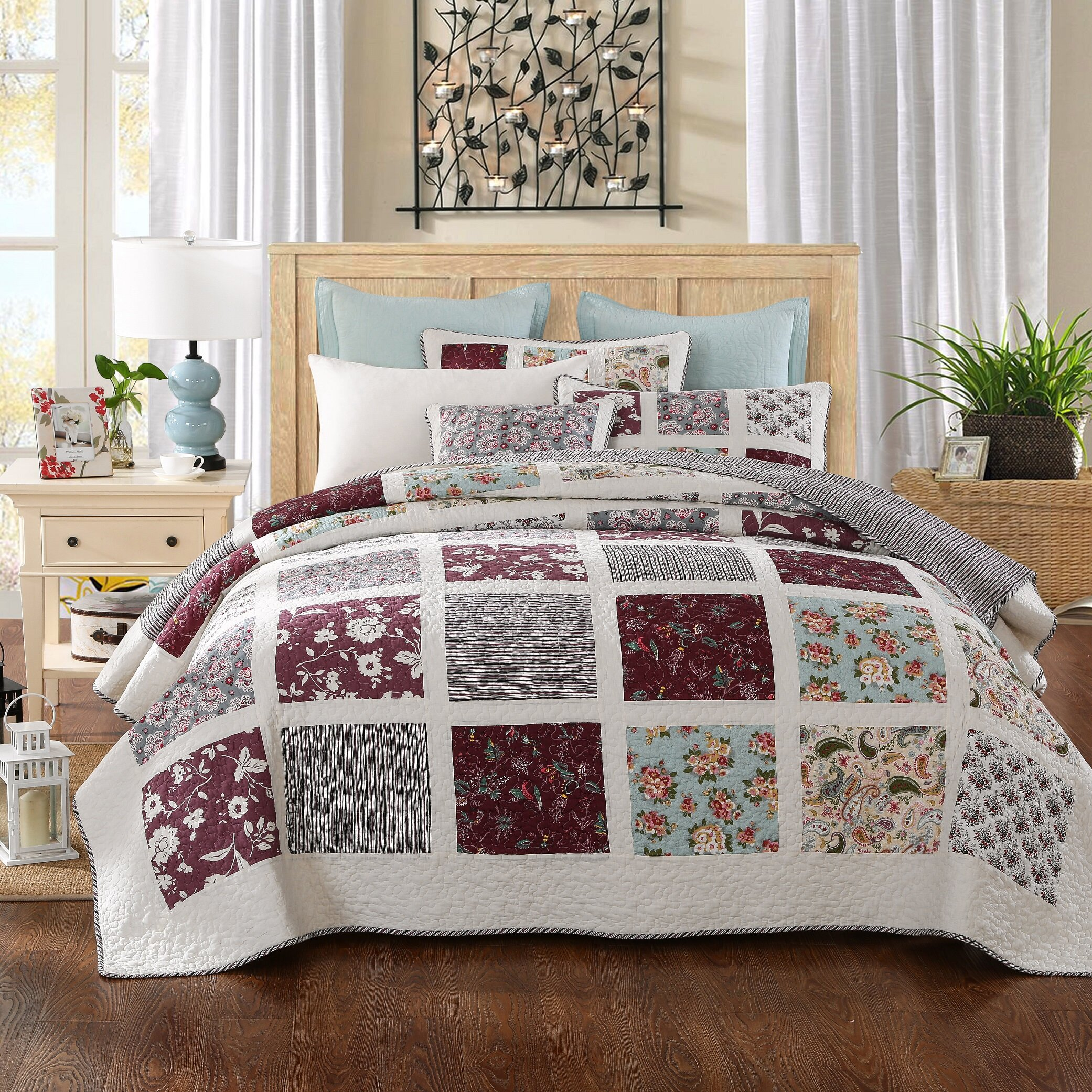 burgundy how comforter ecrins to set put lodge perfect