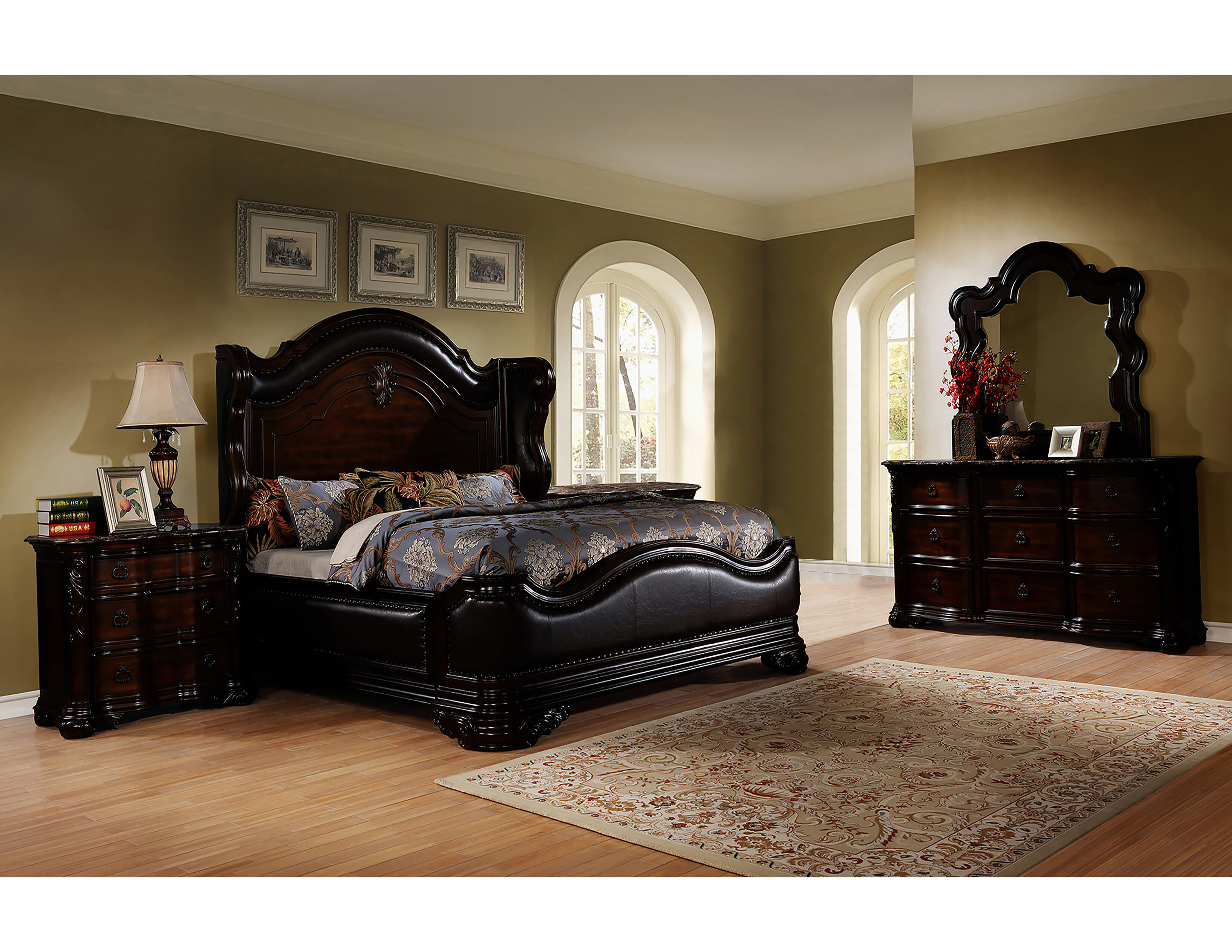 Ayan Standard 5 Piece Bedroom Set