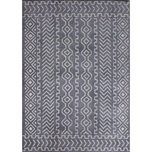 Ena Diamond And Square Handmade Gray White Area Rug