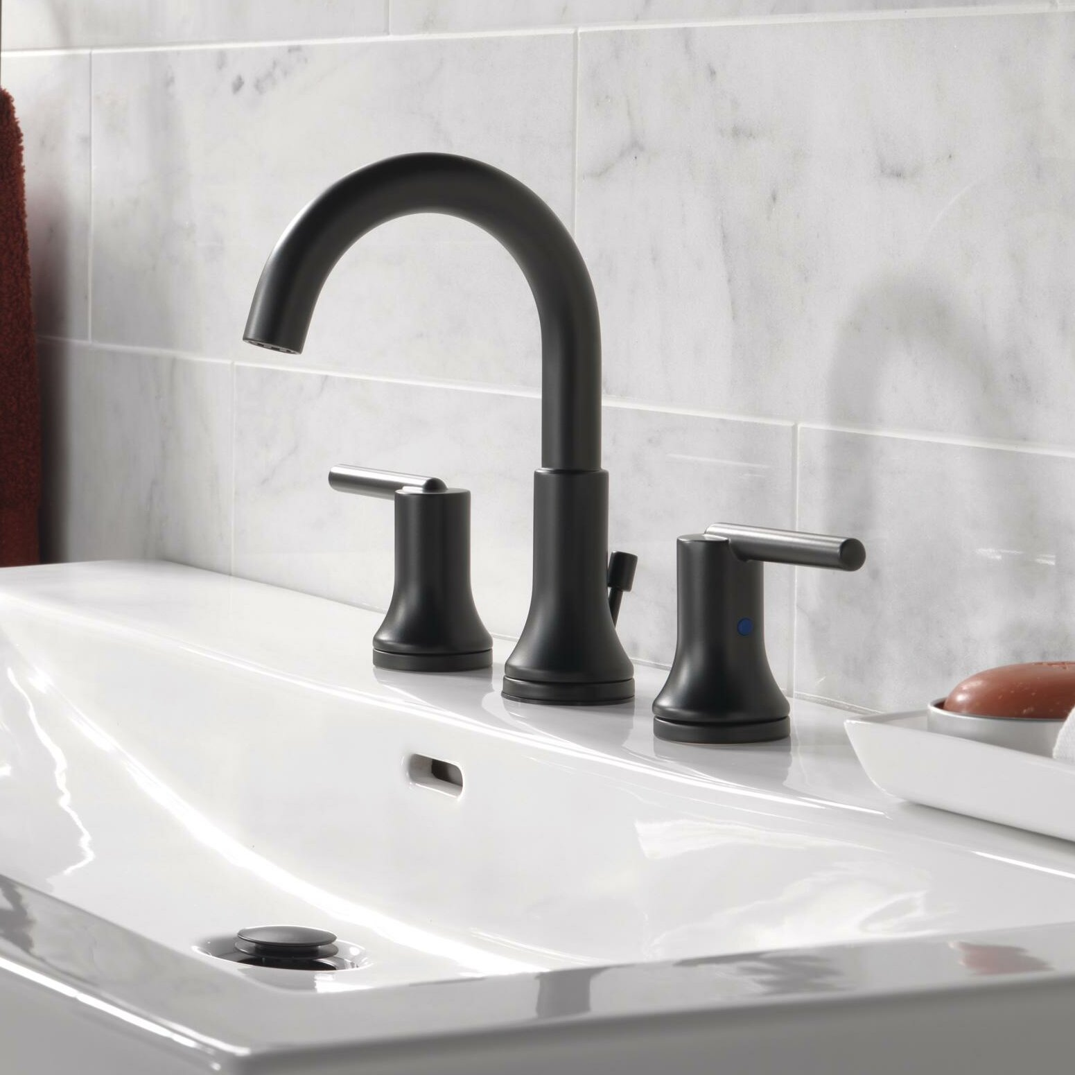 Delta Bathroom Faucets.Trinsic Widespread Bathroom Faucet With Drain Assembly And Diamond Seal Technology