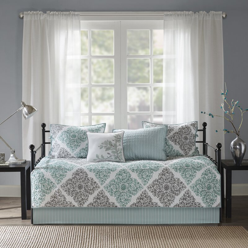 Harlan 6 Piece Daybed Set