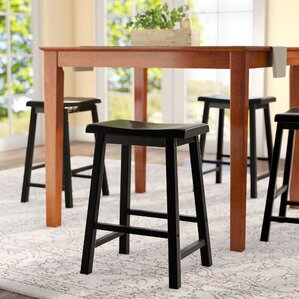 whitworth pub table set