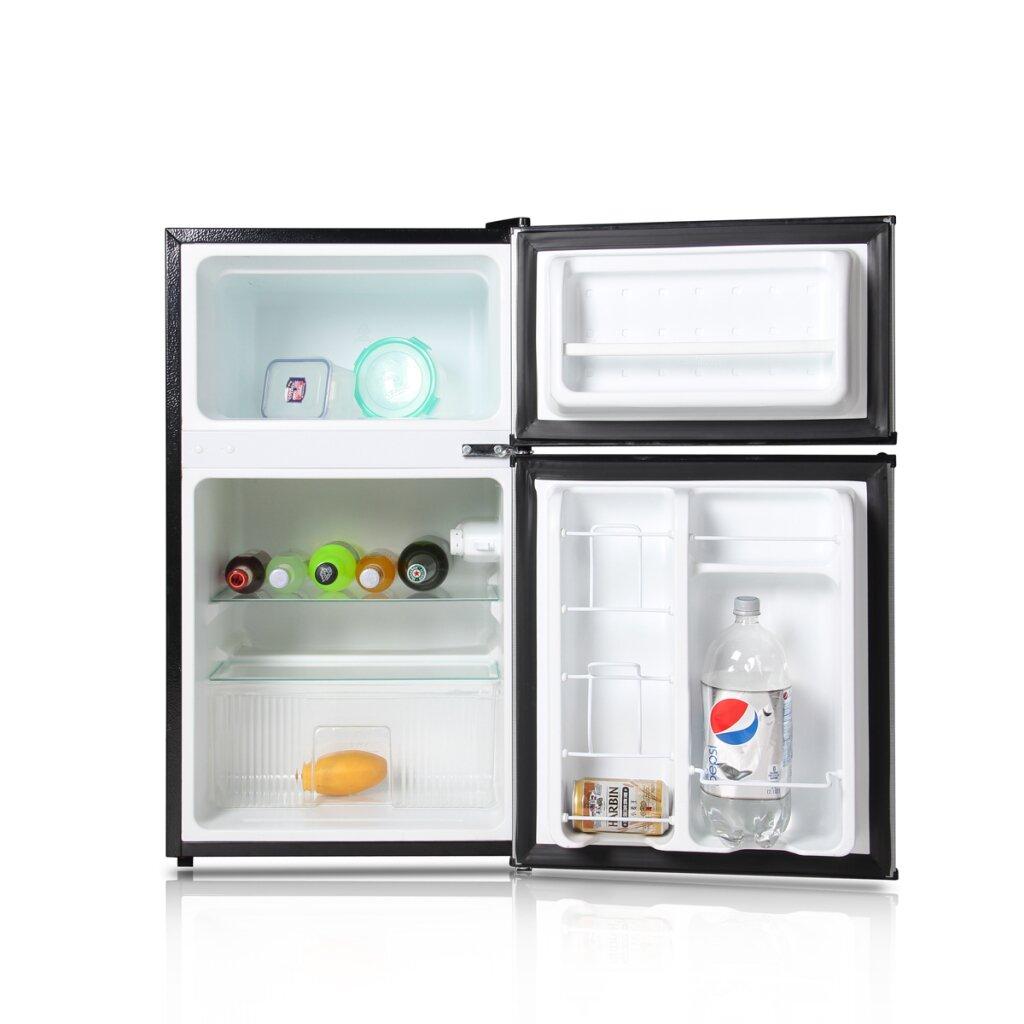 Arctic King 3 1 Cu Ft Compact Refrigerator With Freezer