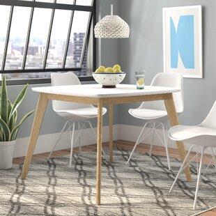 Batu Dining Table