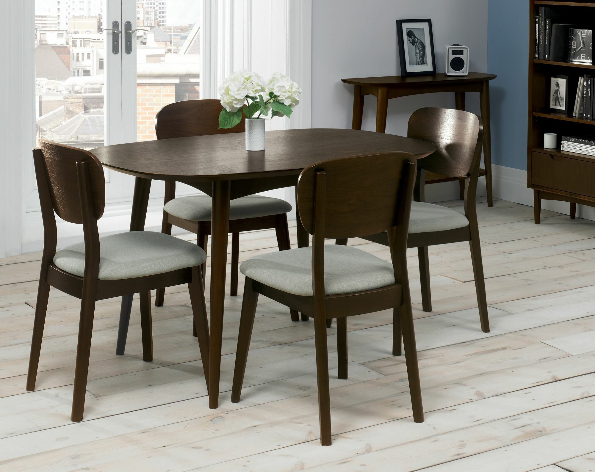 Lowville Extendable Dining Set with 4
