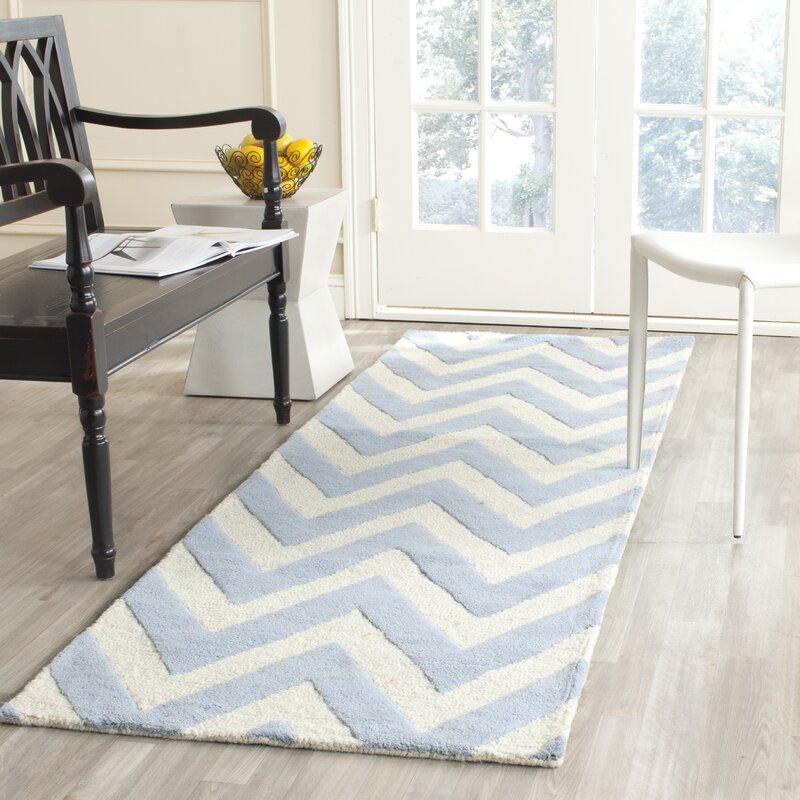 safavieh handgefertigter teppich wilson aus wolle in hellblau elfenbein bewertungen. Black Bedroom Furniture Sets. Home Design Ideas