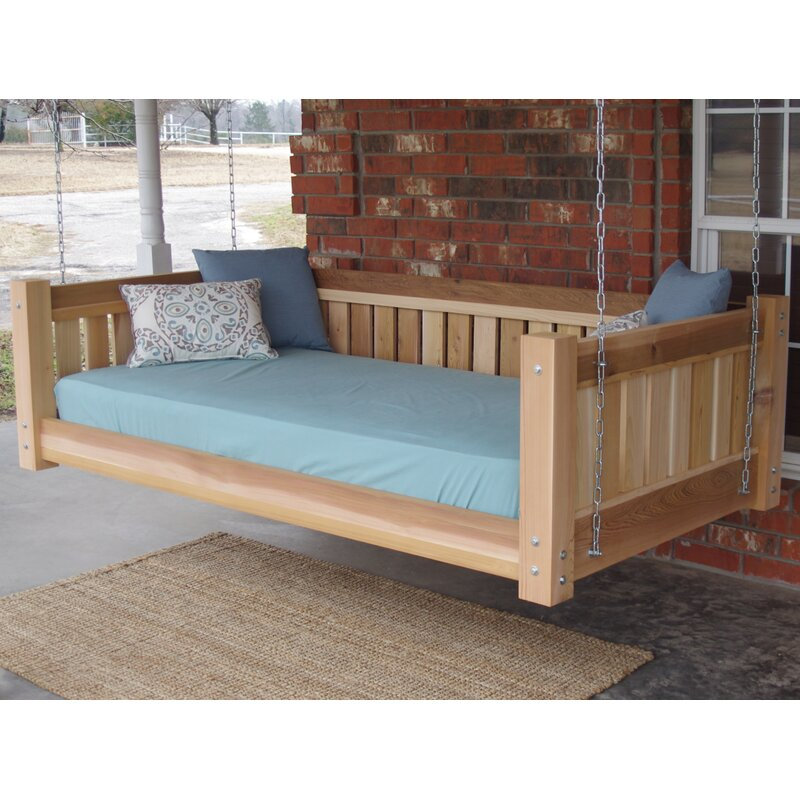Superbe Teague Cedar Victorian Style Hanging Daybed Swing