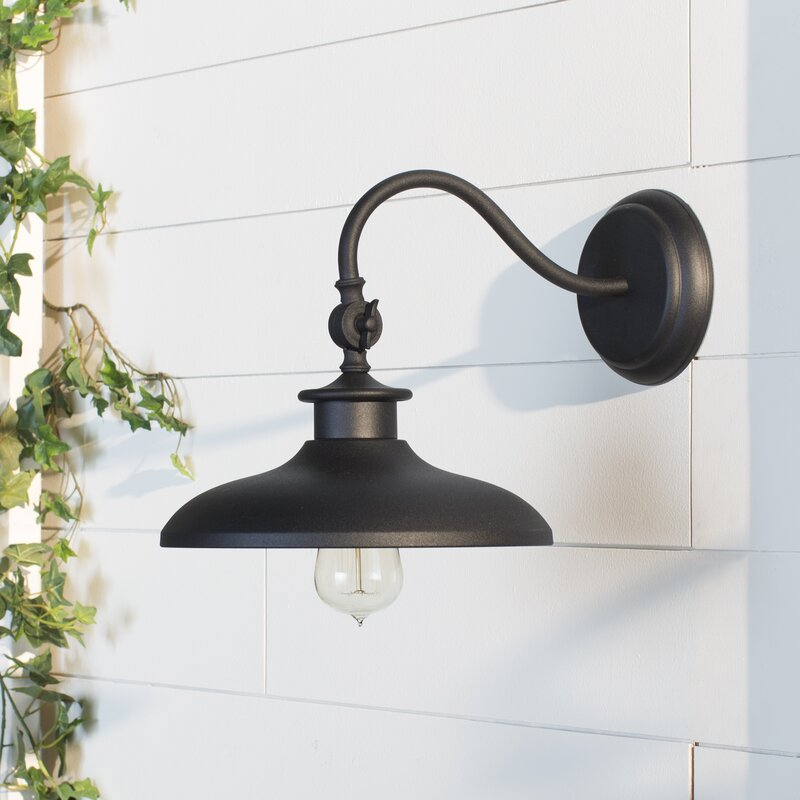 Beachcrest Home Tennyson 1-Light Outdoor Barn Light