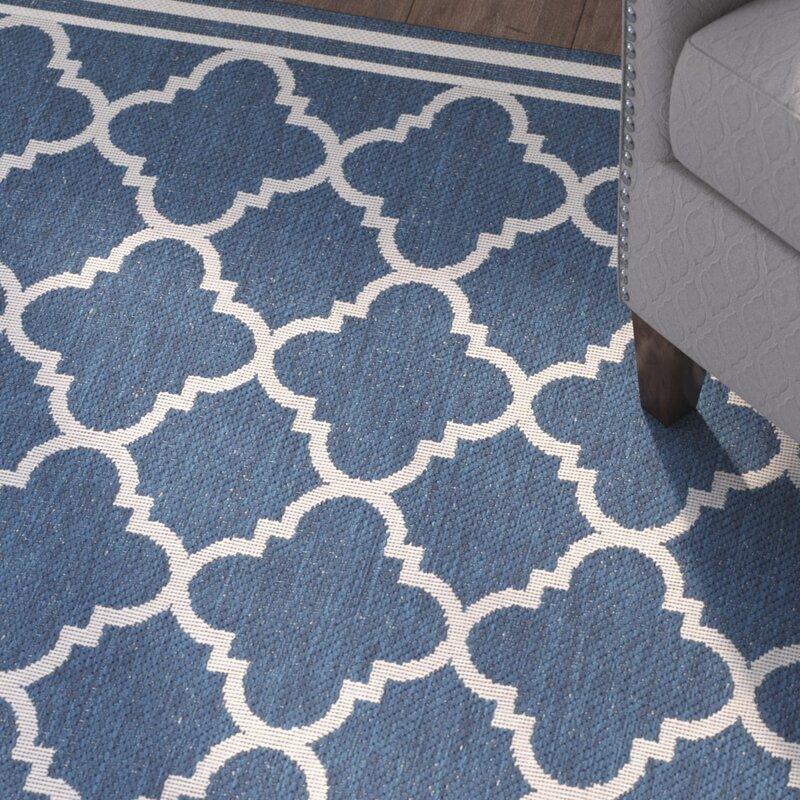 Safavieh avery navy beige indoor outdoor area rug for Indoor outdoor rugs uk
