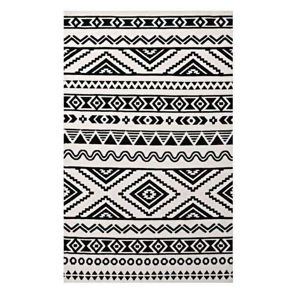 Preferred Ivy Bronx Freedman Geometric Moroccan Tribal Black/White Area Rug  LD03