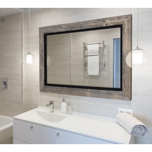 Exceptionnel Hilde Traditional Beveled Bathroom Mirror