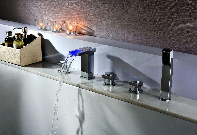 Deck Mount Tub Faucet Set With Handheld Sprayer