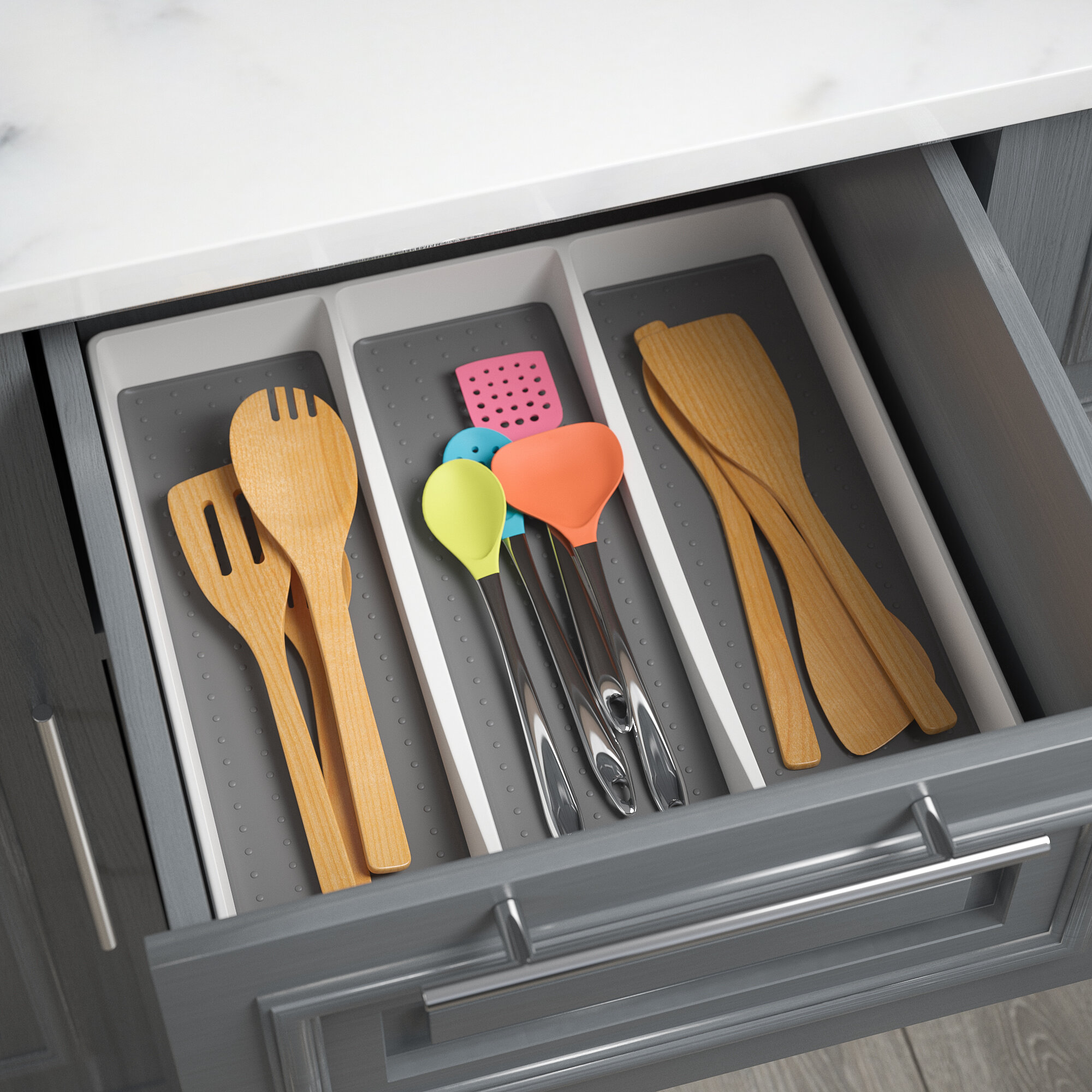 Tray for cutlery - convenience and order in the kitchen