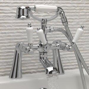 Zweigriff-Wannenarmatur Victoria mit Brause von Belfry Bathroom