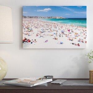 U0027New Yearu0027s Day, Bondi Beach, Sydney, New South Wales, Australiau0027  Photographic Print On Wrapped Canvas