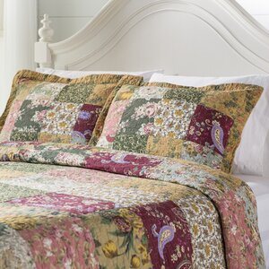 St. John 3 Piece Reversible Quilt Set