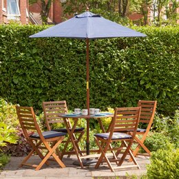 how to clean dirty wooden garden furniture