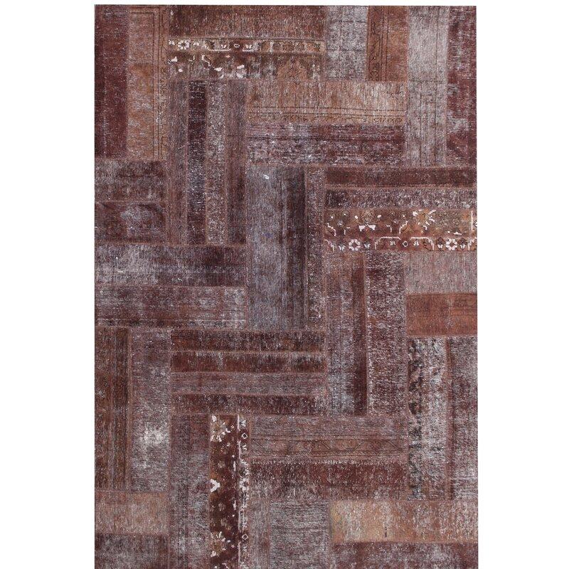 caracella handgefertigter teppich vintage aus wolle in braun. Black Bedroom Furniture Sets. Home Design Ideas