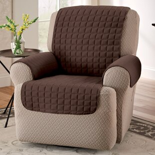 couvre fauteuil cool housses de fauteuil giove with couvre fauteuil cheap ehc couvrelit damas. Black Bedroom Furniture Sets. Home Design Ideas