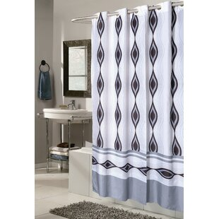 Merveilleux Gianna Harlequin Shower Curtain