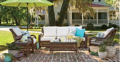 Cottage/Country Outdoor Design